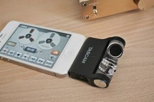 TASCAM iM2X attached on iPhone 4s